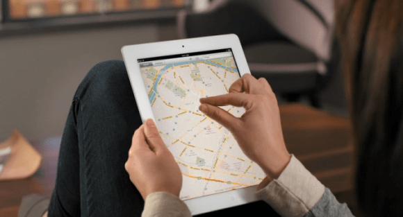 iPad 2 guide tours iOS Maps map pinch zoom 670x362 580x313 Apple cerca ingegneri per realizzare una nuova applicazione Mappe per iOS