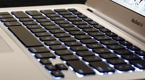 2197940368 2cbb3535a9 Nuovi MacBook Air con tastiera retroilluminata