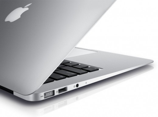 MacBookAir2011 iSpazioMac 520x386 Il chip Thunderbolt montato sui nuovi MacBook Air è più economico