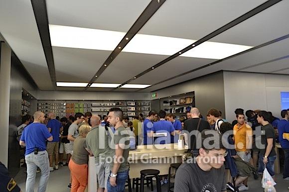Accessori 580x386 Il reportage di Italiamac dallApple Store di Bologna