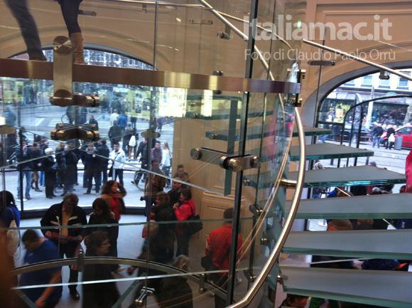 4 Linaugurazione del nuovo Apple Store ad Amsterdam, il reportage di Italiamac