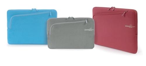 with me fam 500 72dpi With Me, il Second Skin per MacBook con una tasca in più