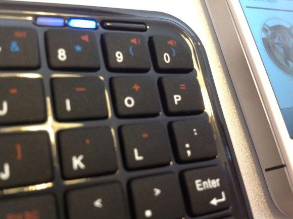 minibluetoothkeyboard superzoom 580x433 Mini Bluetooth Keyboard per iPhone e iPad