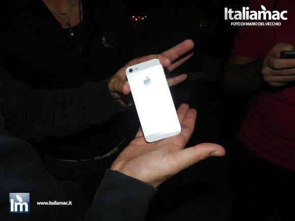 DSCN2259 580x435 Uno dei primi iPhone 5 del Centro TIM nella penisola sorrentina, le foto del nostro inviato