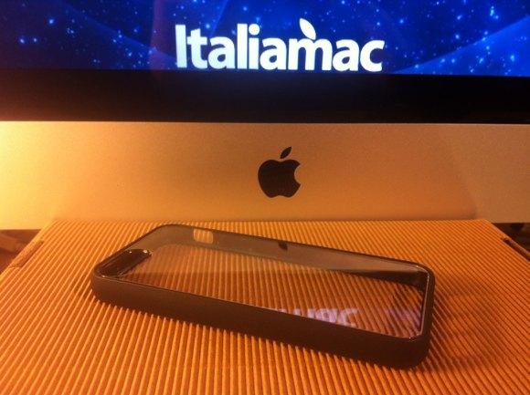 puroclearcovernera03 580x433 Cover iPhone 5 di Puro: Abbiamo provato la Clear e la Soft