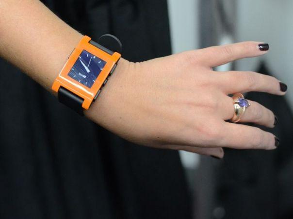 pebble watch CES 2013: Ecco le incredibili novità per i nostri amati dispositivi Apple [Parte 4]