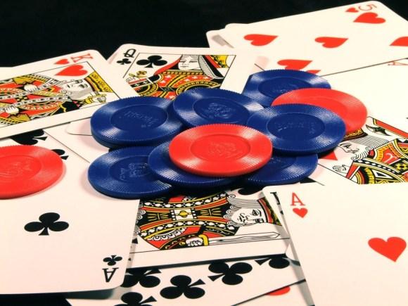 poker 580x435 Paddy Power rilascia l'applicazione per casino per iPad e iPhone – Previste 600 nuove assunzione a Dublino