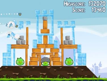 Angry Birds Screenshot Il gioco per iOS Angry Birds è scaricabile gratis per la prima volta in assoluto!