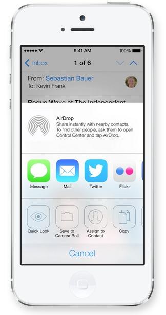 AirDrop in iOS 7 Apple presenta iOS 7, una carrellata delle novità più importanti