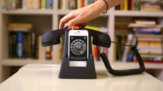 ice phone 620x348 Ice Phone: Trasforma il tuo iPhone in un telefono retrò