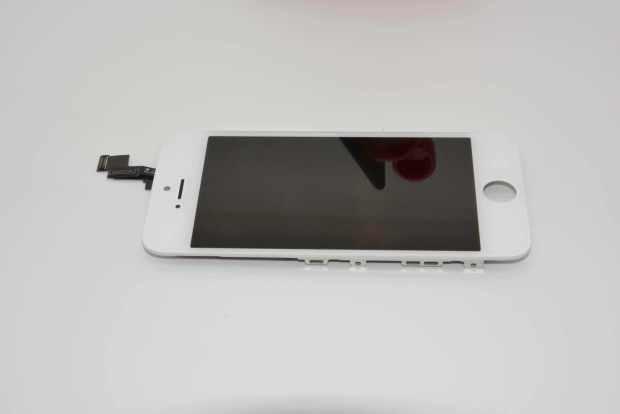 iphone 5c 620x414 Nuovi iPhone 5C e 5S svelati da una galleria di oltre 70 immagini