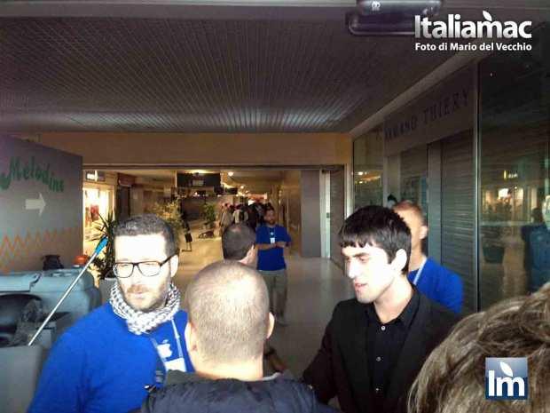 DayOne iPhone 5c 5s Nizza 06 620x465 Italiamac a Nizza, la coda della mattina del DayOne allApple Store