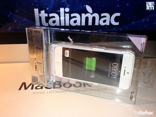 puro battery bank cover 002 620x465 Provato per voi: iPhone 5 Battery Bank Cover, la batteria di riserva a forma di cover di Puro