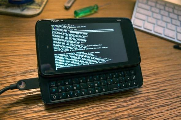Darwin su Nokia N900 Un Hacker porta Darwin su Nokia N900