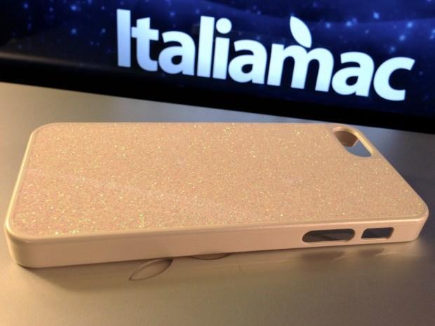 Italiamac Puro Glitter 05 620x465 Abbiamo provato la Glitter Cover di Puro per iPhone 5