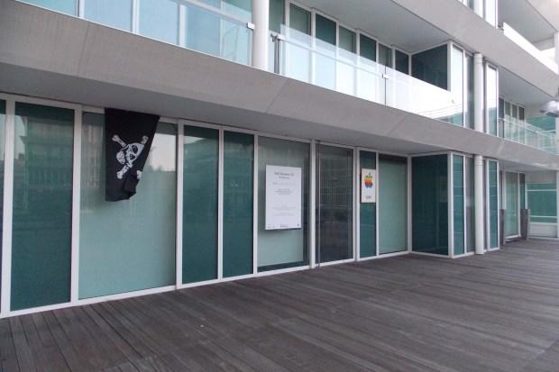 AAA 1601 620x413 All About Apple: presentata la nuova sede a Savona del museo Apple più fornito del mondo