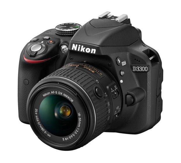 D3300 BK 18 55 VR2 frt34l.high  620x559 Calo del prezzo per la Nikon D3200 dopo la presentazione della Nikon D3300 a Las Vegas?