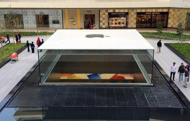 apple store Istanbul 02 620x394 Le prime incredibili foto del nuovo Apple Store di Istanbul