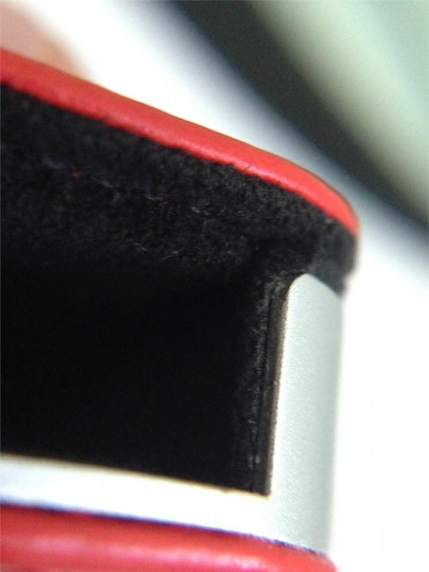 iImage 4 620x826 CalypsoCase Book: Stile lussuoso ed eleganza per proteggere liPhone
