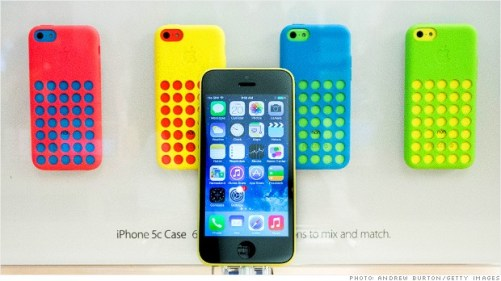 iphone5c Apple: circa Il 62% dei possessori di iPhone 4S e 5 sono ex utenti Android