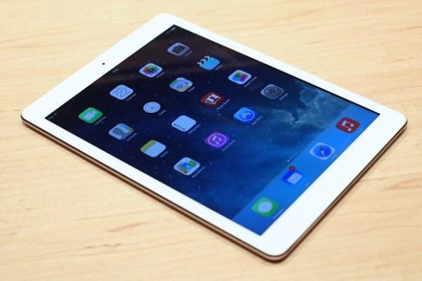 ipadairapple Sta per iniziare la produzionedel nuovo iPad Air, con processore A8, fotocamera da 8 megapixel e Touch iD?