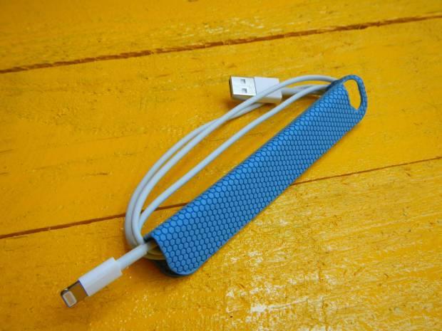 mobilefun 620x465 Una Custodia Smart Cover magnetica con supporto per iPhone 5s / 5