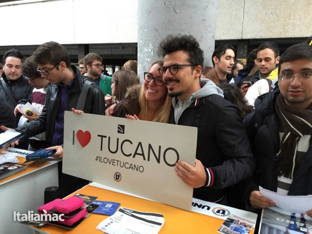 University Box Tucano politecnico bari 34 620x465 Foto: Italiamac partecipa al Tour University Box di Tucano