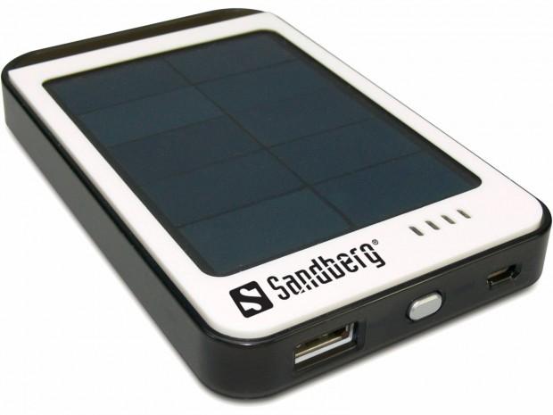 420 15 lg 620x465 Recensione: A corto di carica? usa lenergia solare con Solar PowerBank di Sandberg