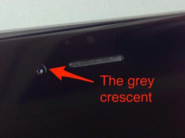 iphone 6 camera misaligned 3 620x465 Crescent Gate: iPhone 6 ed un disallineamento della fotocamera frontale