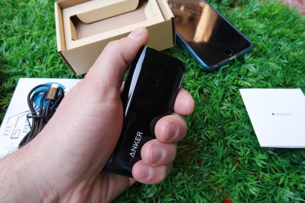 AnkerAstro8 620x413 Anker Astro E1 Batteria Esterna Tascabile da 5200 mAh con Tecnologia PowerIQ per iDevice
