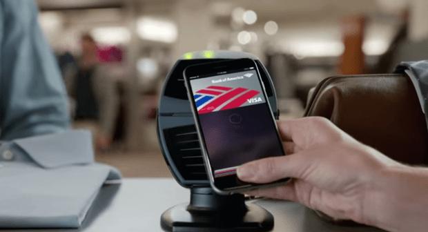 Schermata 2015 01 03 alle 14.19.03 620x336 [Video] Bank Of America, in un nuovo spot per effettuare i pagamenti con Apple Pay