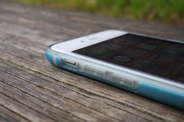 cable9 620x413 Cable Technologies: Titanium, una Cover per iPhone 6 dal Design inalterato