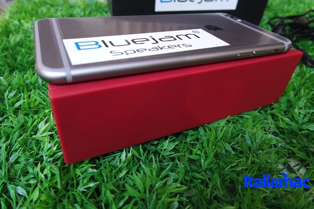 %name Bluejam Bluewave, provato lo speaker bluetooth che supporta Siri