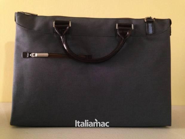 urbana 620x465 Urbana di Moshi, la borsa per Macbook e iPad  dedicata alle donne.