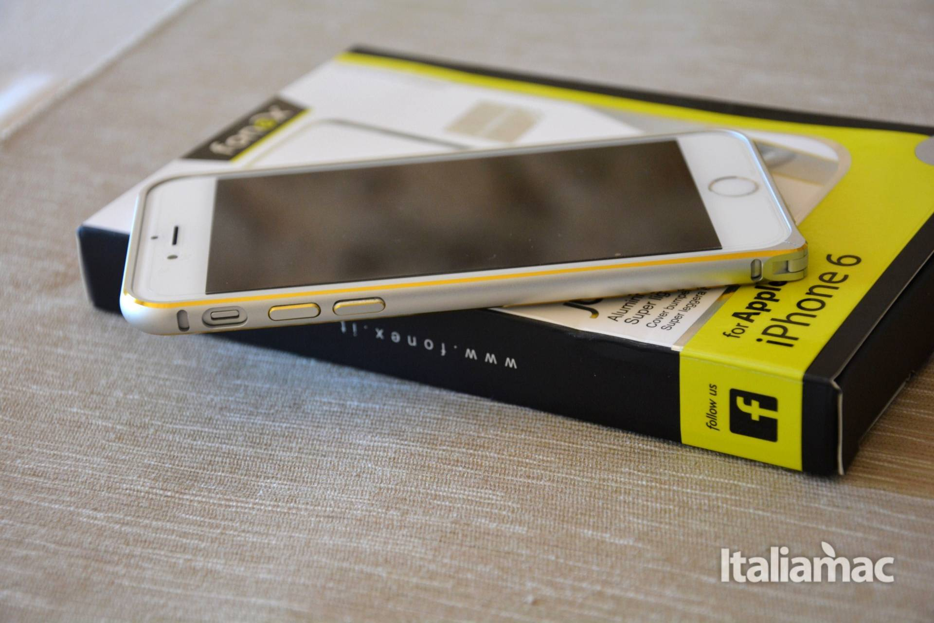 %name JUST Bumper, una cornice elegante e quasi invisibile per iPhone 6