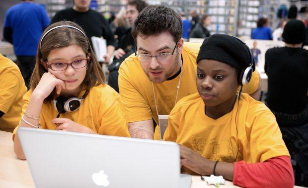 retail learn youth hero 2x 620x378 Apple Retail annuncia le lezioni interattive estive per i bambini