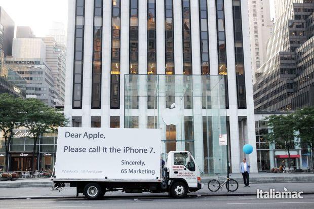 WeAre6S---Apple-Store-Sept-2015-v2