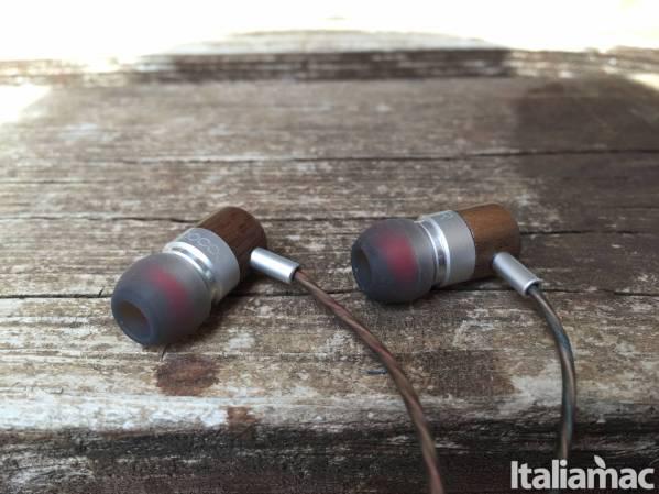 dodocool in ear in legno Ascoltare la musica sarà un piacere con le cuffie in legno In Ear Dodocool