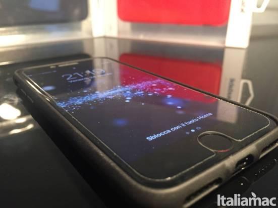 caudabe sheat case iphone Sheath di Caudabe è la custodia che manterrà al sicuro il vostro iPhone 7 senza comprometterne lo spessore