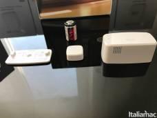 %name Eve Door & Window: Sensore in grado di rilevare se ci sono porte o finestre aperte