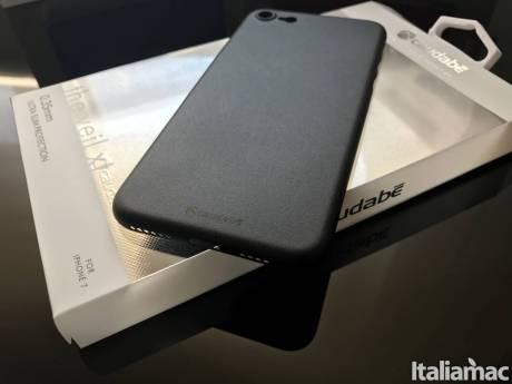 %name Veil XT di Caudabe: è la custodia quasi invisibile per iPhone 7