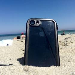 %name Catalyst: Il case impermeabile fino a 10 metri per iPhone 7