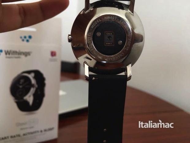 www.italiamac.it nokia steel hr nokia steel hr retro 620x465 Nokia Steel HR, lo smartwatch con le lancette: la prova di Italiamac