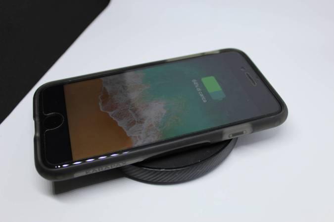 www.italiamac.it ecco come avere la ricarica wireless su tutti i modelli di iphone img 1541 Ecco come avere la ricarica wireless su tutti i modelli di iPhone