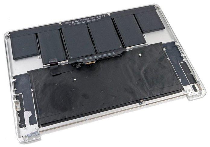 www.italiamac.it sostituzione gratuita della batteria su alcuni modelli di macbook pro 2012 e inizi 2013 macbook pro top case 800x561 Sostituzione gratuita della batteria su alcuni modelli di MacBook Pro 2012 e inizi 2013