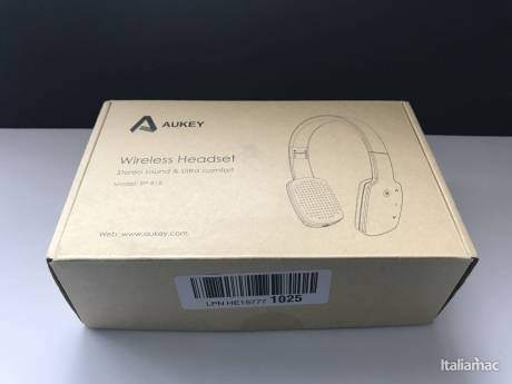 %name Le cuffie Bluetooth sensibili al tocco over ear di Aukey