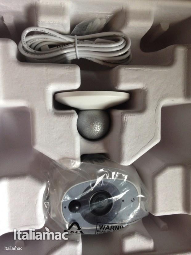 italiamac swann security camera 2 620x827 Smart Security Camera da Swann: la telecamera senza fili che sta bene sia in casa che fuori