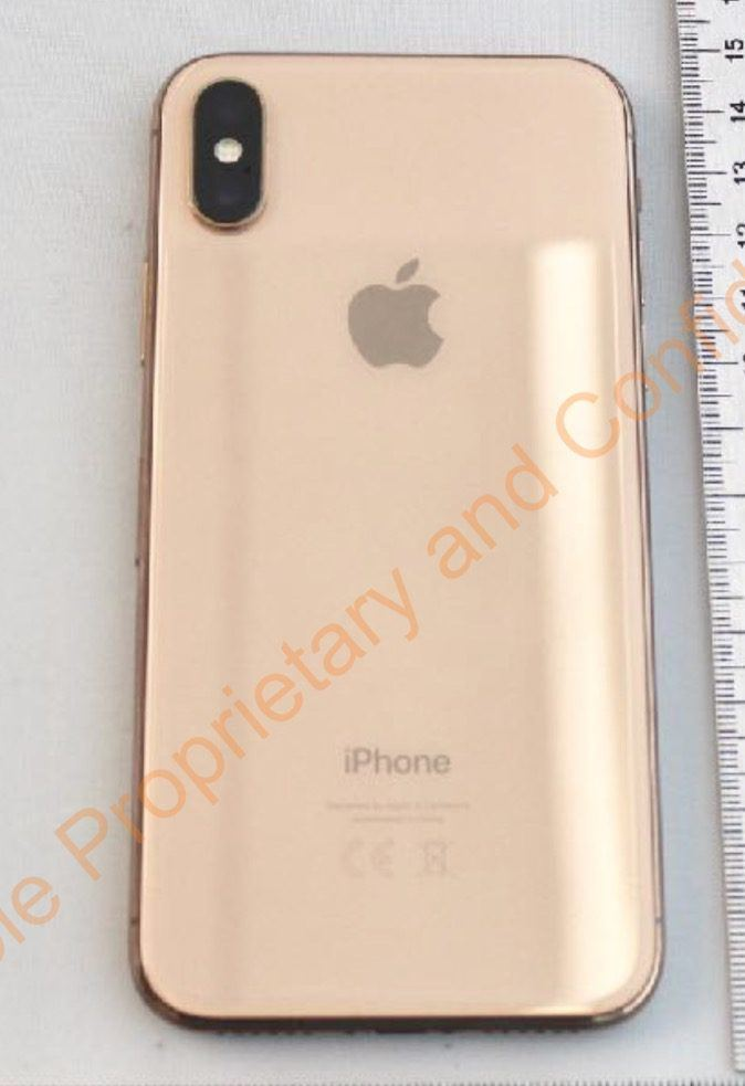 %name Nuove foto mostrano iPhone X in colorazione Gold
