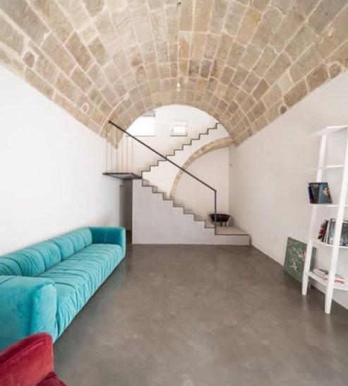 italian interior with marsala and turquoise, Italian home interior
