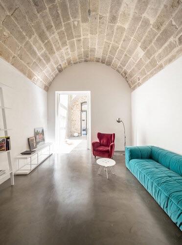 Italian home interior, italianbark interior design blog, italian interior with marsala and turquoise